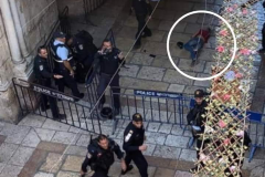 2020-10-26-child-body-laying-on-the-ground-surround-by-Israeli-soilders